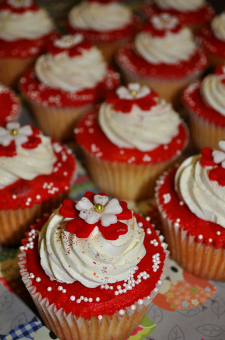 redflowercupcake1